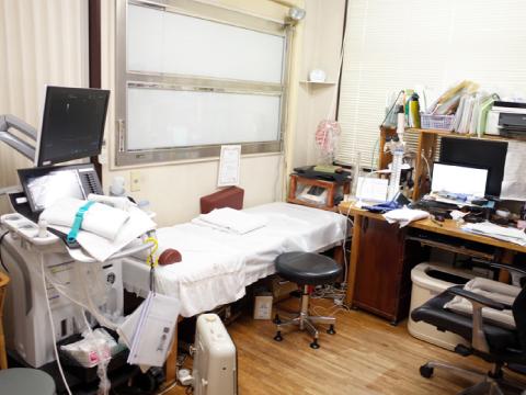 豊島区の衞藤医院 診察室